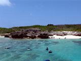 沖合から見た宮古島のビーチ