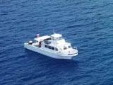 豪華な大型ダイビングボート