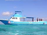 自慢の大型ボート
