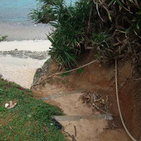 池間ロープビーチ入口