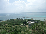 大神島の港と景色