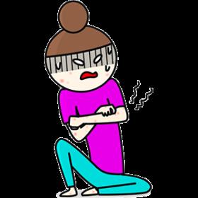 持病の湿疹に苦しむ女性